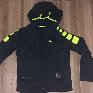 Nike elite thermafit hoodie sweatshirt size medium